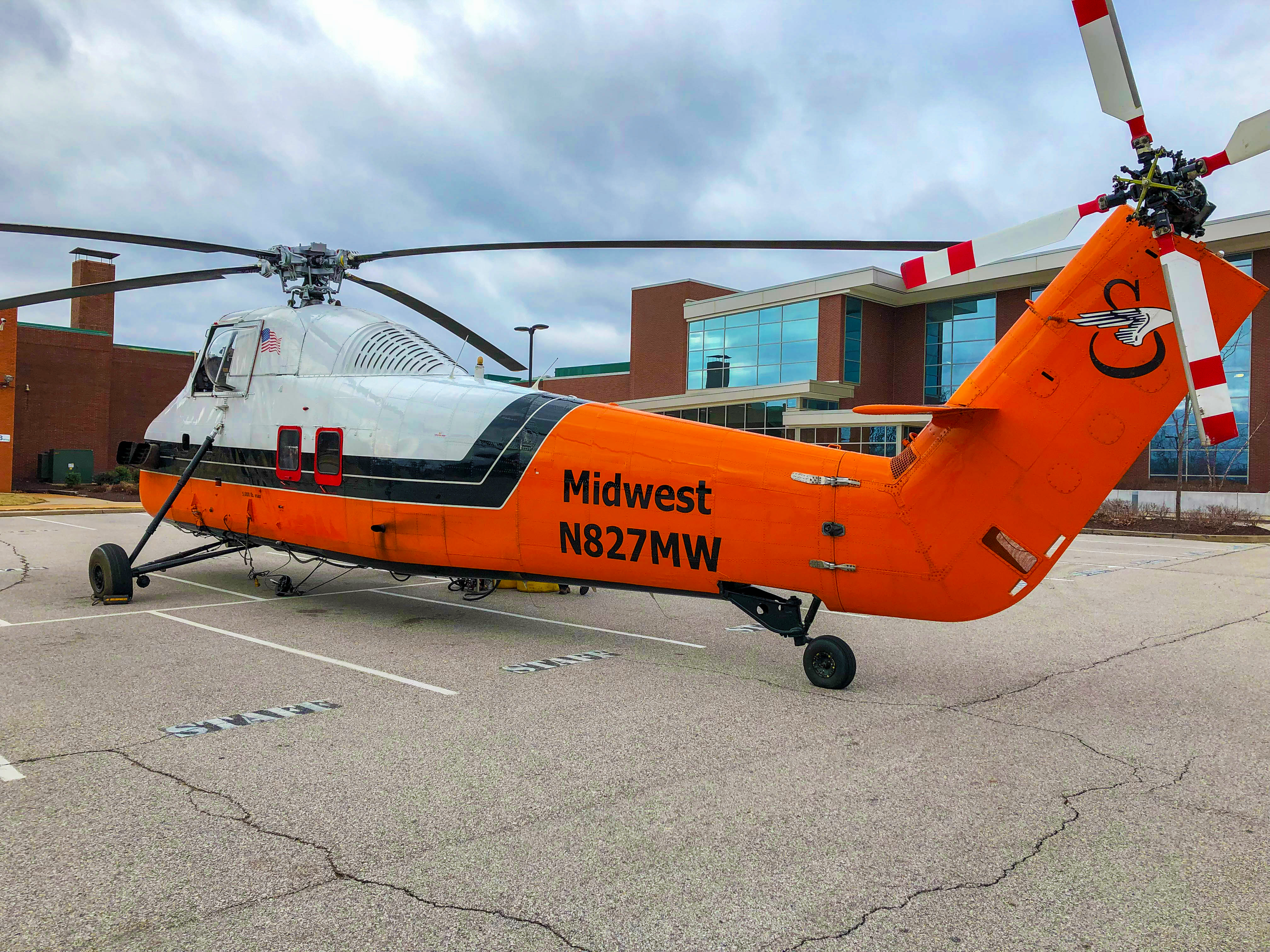 Helicopter Lift Facilitates Ifs Hvac Renovation For The Pattonville